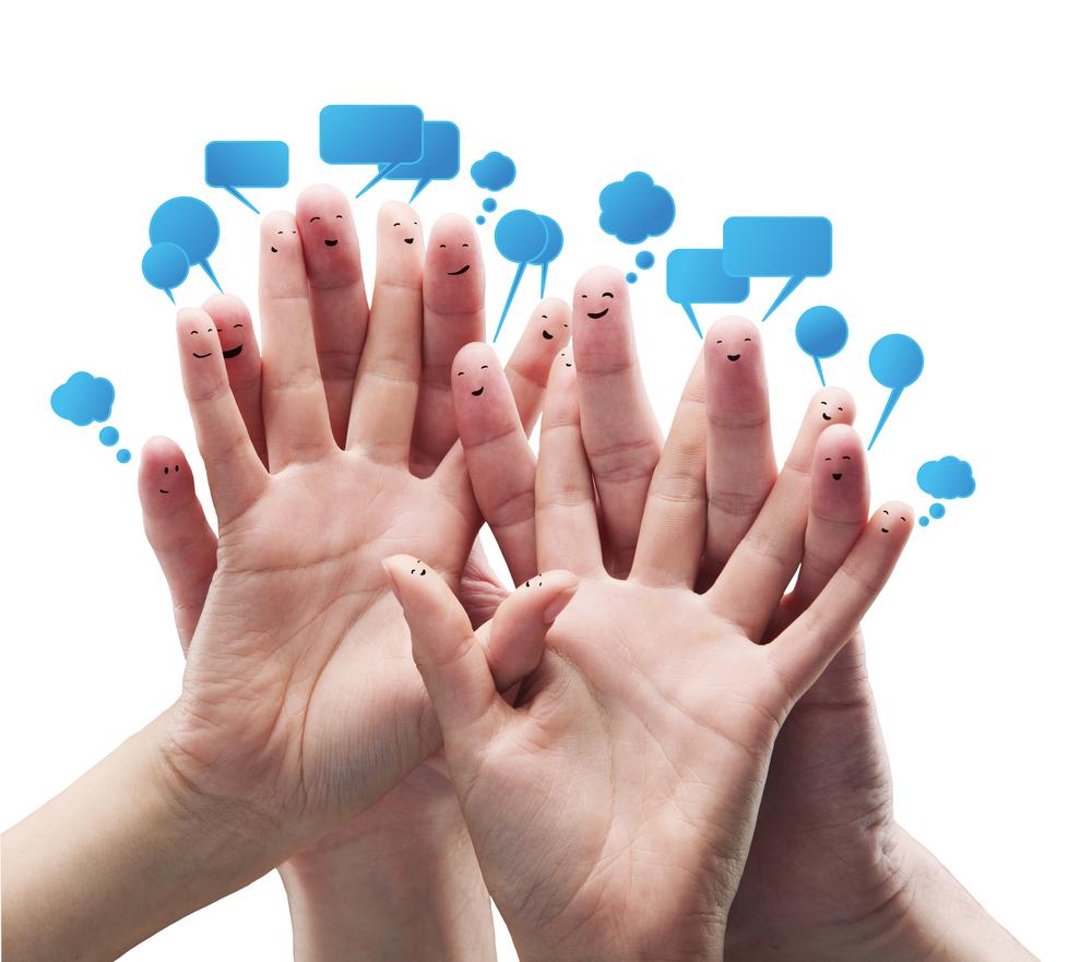 clientes satisfeitos com o atendimento e a estratégia de marketing da empresa