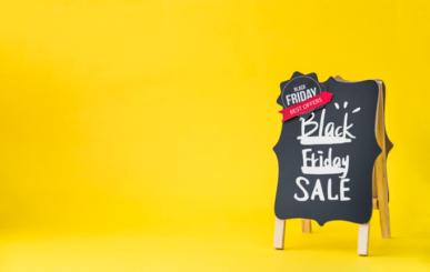 Imagem: fundo amarelo com lousa escrito ``black friday``.