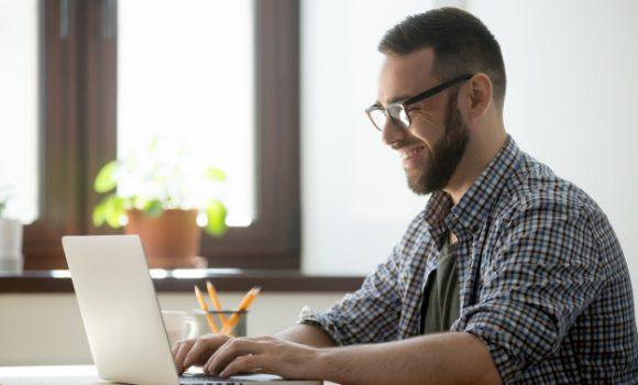 existem três fatores imprescindíveis a fim de entregar uma experiência extraordinária aos usuários de uma marca: presença, agilidade e evolução.